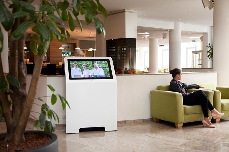 Location borne interactive 32 pouces hôtellerie